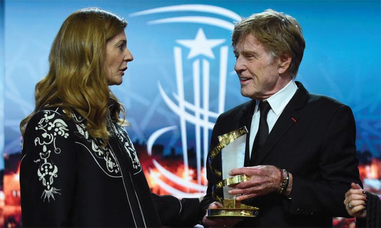 Robert Redford recevant l'Étoile d'Or du Festval.Ph. Saouri