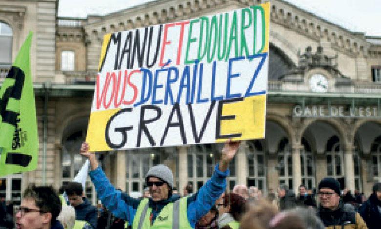 Les grévistes attendent un geste d'Emmanuel Macron