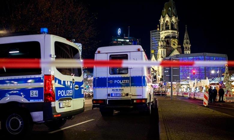 La police berlinoise évacuéele marché de Noël de la Breitscheidplatz, théâtre il y trois ans d'un attentat meurtrier, en raison de la présence possible d'un objet suspect. Ph :  AFP