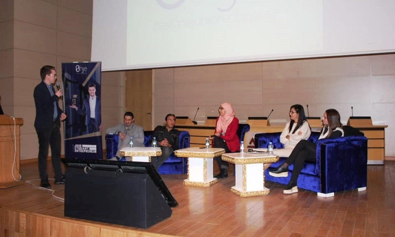 Lancement de la 5e édition de «Un jour, Un étudiant, Un entrepreneur»