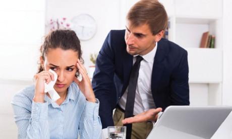 Certains collaborateurs boycottent les personnes susceptibles afin d'éviter des incidents avec elles.