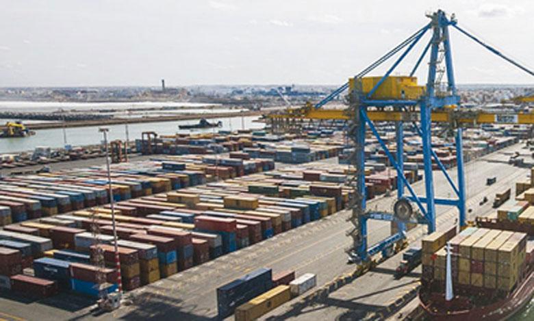 L'activité se ressaisit  dans les ports