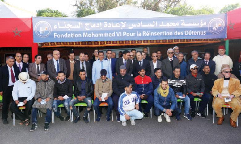 Remise d'équipements relatifs aux projets  générateurs de revenus au profit  de 20 ex-prisonniers à Safi