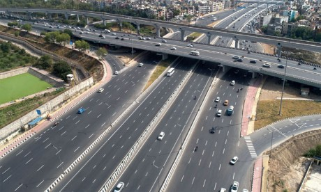 Le gouvernement envisage d'investir 70 milliards de dollars dans les infrastructures