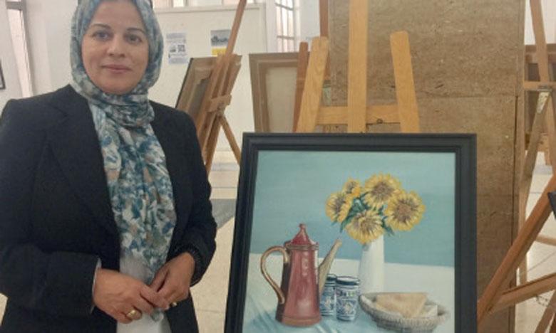 Hanan Bourokba, une étoile  montante dans l'univers des arts plastiques