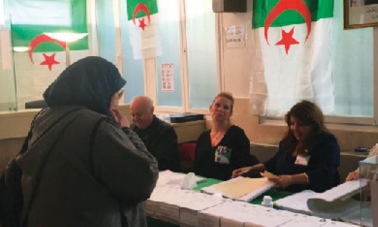 Ouverture des bureaux de vote  pour la Présidentielle