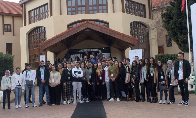 Une centaine de jeunes Marocains du monde, excellant dans différents domaines, ont participé à cette édition.