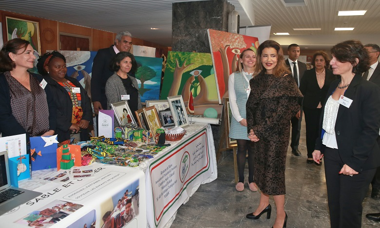 S.A.R. La Princesse Lalla Meryem préside à Rabat la cérémonie d'inauguration du Bazar international de Bienfaisance du Cercle diplomatique