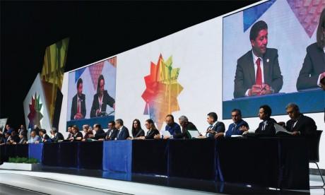 Le premier Colloque national de la Régionalisation avancée : les préalables d'un développement territorial harmonieux et équitable