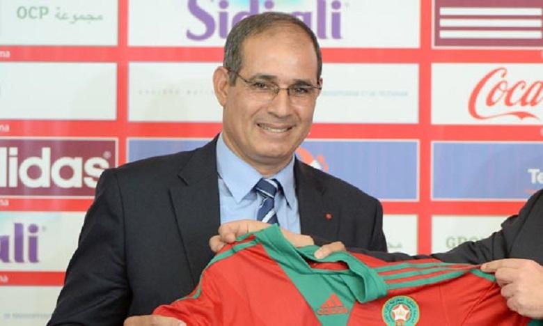 بادو الزاكي يلتحق بالمنتخب الوطنية ويستقيل من تدريب الدفاع الجديدي
