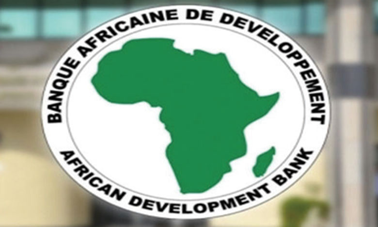 Cette approbation complète les accords antérieurs relatifs aux phases I et II du PACCE, portant ainsi le montant cumulé des appuis budgétaires programmatiques pluriannuels du groupe de la BAD envers le Cameroun à 410,4 millions d'euros.