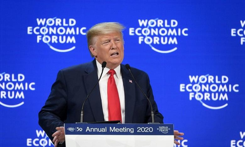 Climat: à Davos, Trump fustige les