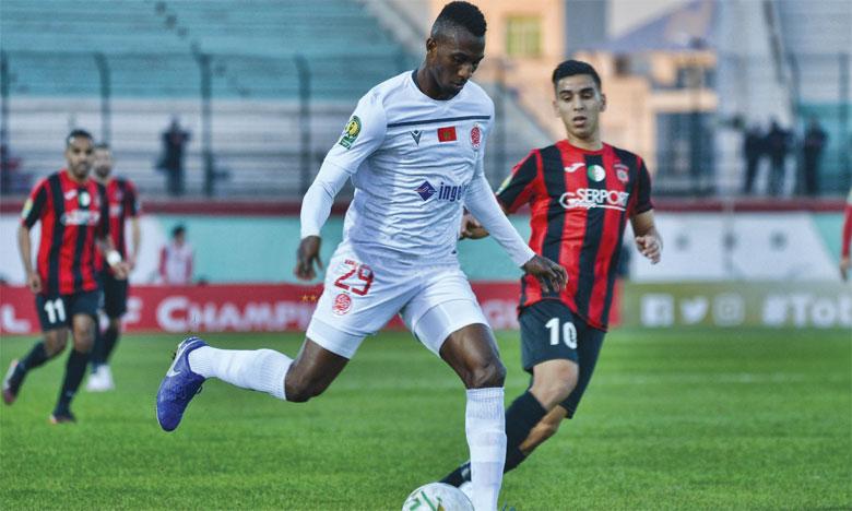 Le WAC défie l'USM Alger pour mettre  un pied en quart de finale