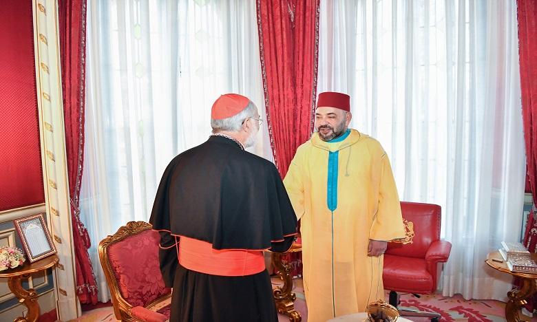 Sa Majesté le Roi Mohammed VI, Amir Al-Mouminine, reçoit le Cardinal Cristobal Lopez Romero, Archevêque de Rabat