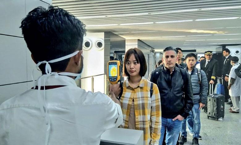 Contrôles des températures le 21 janvier 2020 à l'aéroport Netaji Subhash Chandra Bose de  Calcutta, en Inde.      Ph. AFP