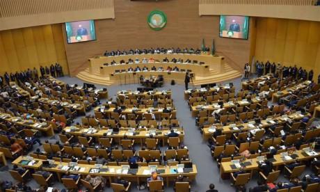 «Faire taire les armes : créer des conditions propices  au développement de l'Afrique»
