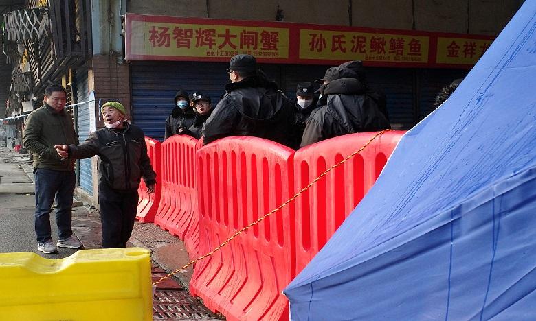Le 1er janvie, les autorités chinoises ont fermé le marché aux poissons de Wuhan en raison de l'épidémie. Ph. AFP