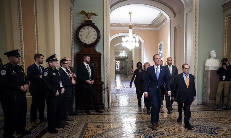 Sept élus démocrates de la Chambre des représentants désignés procureurs se sont présentés à midi dans l'hémicycle de la chambre haute. Ph. AFP