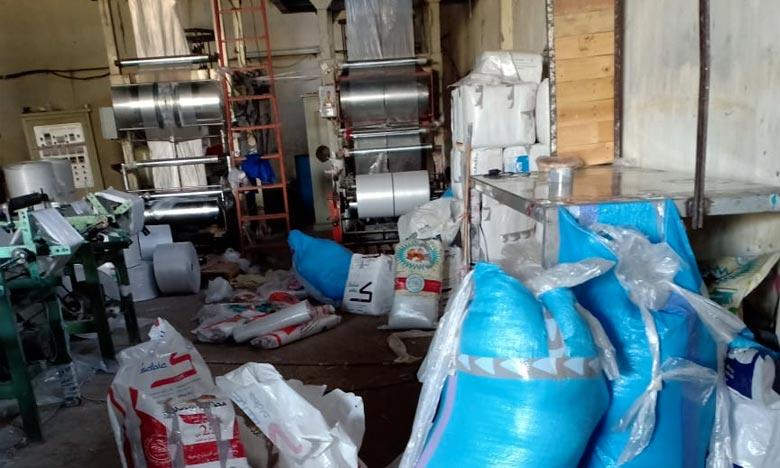 La commission de contrôle a procédé à la saisie de près de 2,3 tonnes de rouleaux et de sacs en plastique, de 196 kg de matière première. Ph : Archives