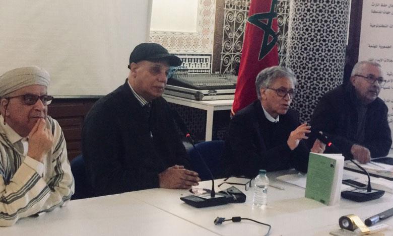 Les intervenants ont débattu de l'avenir des relieurs-doreurs de confessions juive, chrétienne et musulmane, notamment en Andalousie, insistant sur la nécessité de la protection de ce «noble» métier artisanal et ancestral.