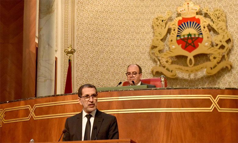 Le Chef du gouvernement s'exprimant devant la Chambre des conseillers.