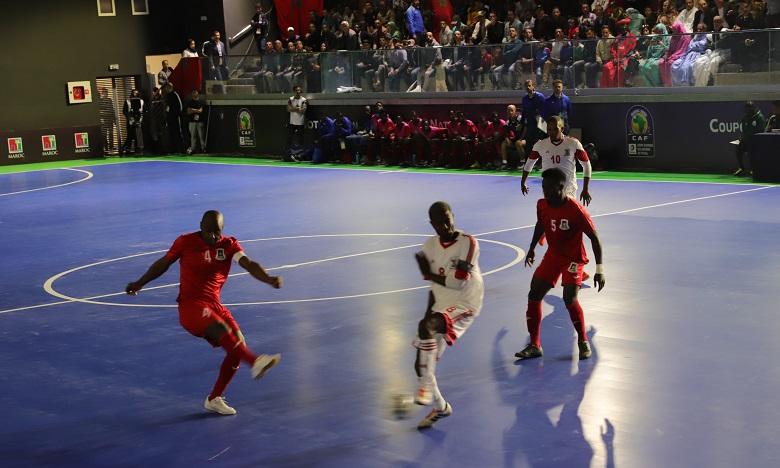 Le match d'ouverture de cette 6e édition a été disputé mardi à la Salle Hizam à Laâyoune. Ph. MAP