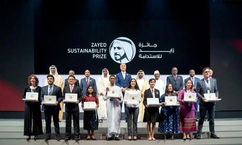 Le lycée qualificatif «Al Amal» été distingué pour sa contribution à un projet de connexion des puits à l'énergie propre et la culture de plantes médicinales en vue de l'extraction d'huiles. Ph : DR