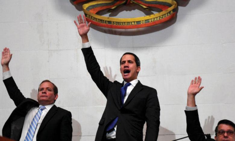 Guaido qualifie d'«invraisemblable»  la reprise des négociations  avec le régime de Maduro