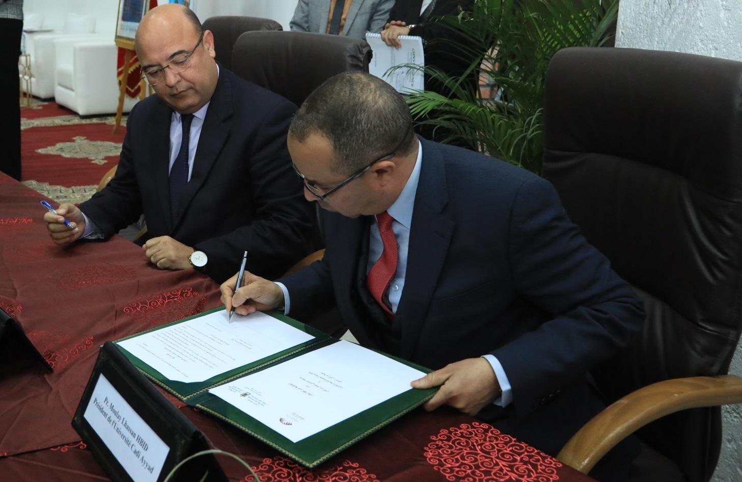 Le Matin - Cadi Ayyad scelle deux nouveaux partenariats en faveur des jeunes de sa région