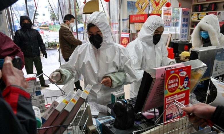 Le coronavirus apparu en décembre sur un marché de Wuhan, une ville du centre de la Chine, a fait 41 morts dans le pays, et le nombre de personnes contaminées a bondi à près de 1.300. Ph : AFP