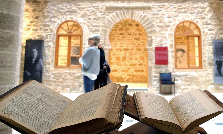 André Azoulay : La réunion à Bayt Dakira  du Centre de recherches sur le droit hébraïque au Maroc donne «tout son sens à l'exceptionnel momentum» né de la visite historique  de S.M. le Roi à cet Espace emblématique