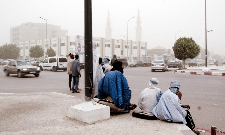 La capitale mauritanienne Nouakchott a été recouverte d'un épais nuage de sable et de poussière, qui s'est étendu jusqu'au Sénégal. Ph : AFP