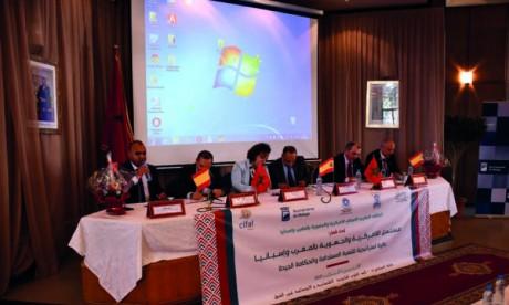 Marocains et Espagnols se penchent sur  les expériences de leurs pays respectifs