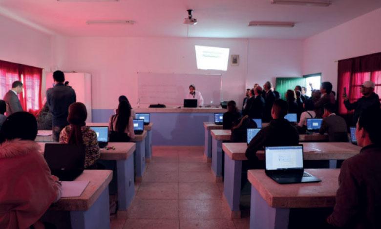 Les établissements bénéficiaires du projet s'équipent en matériel informatique