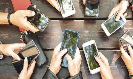 «Le phénomène de l'addiction au téléphone est bien trop  complexe pour définir des règles valables pour tout le monde»