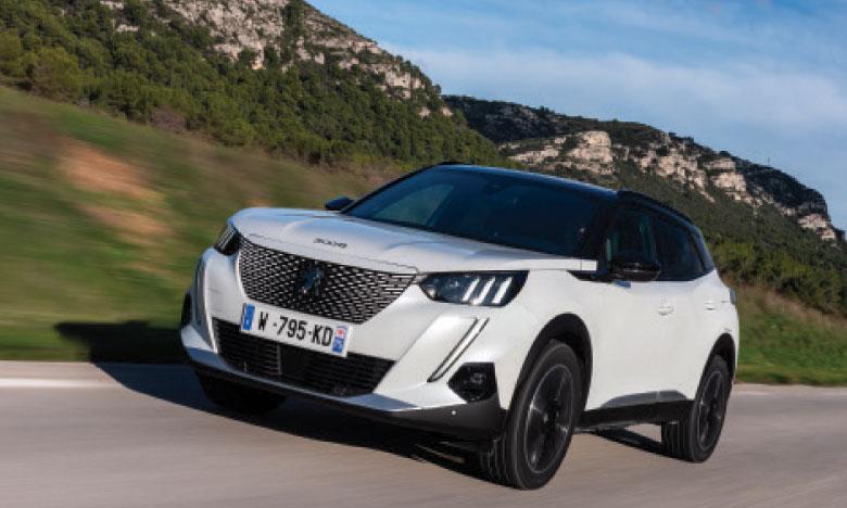 Puissant et distinctif par son style, le nouveau 2008 s'inscrit totalement dans le style actuel de la gamme Peugeot tout en affichant sa propre personnalité.