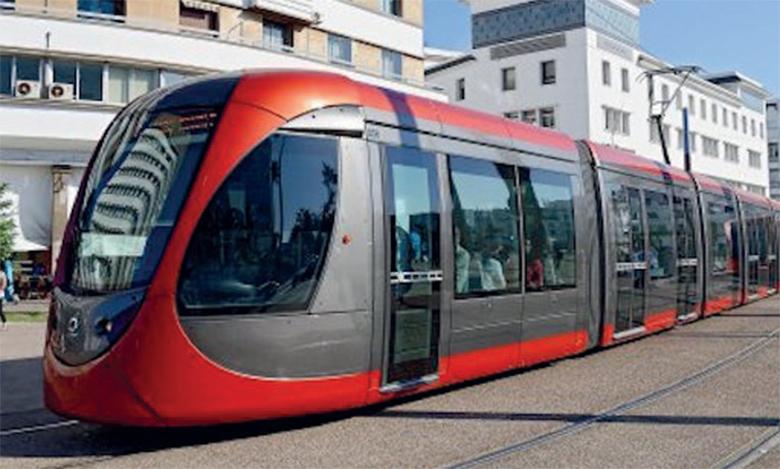 Pas plus de 100 passagers  assis par rame de tramway