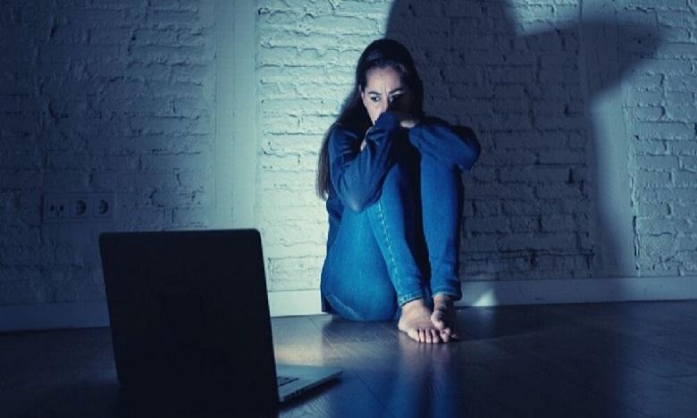 Sondage: Les nouvelles technologies facilitent la violence contre les femmes
