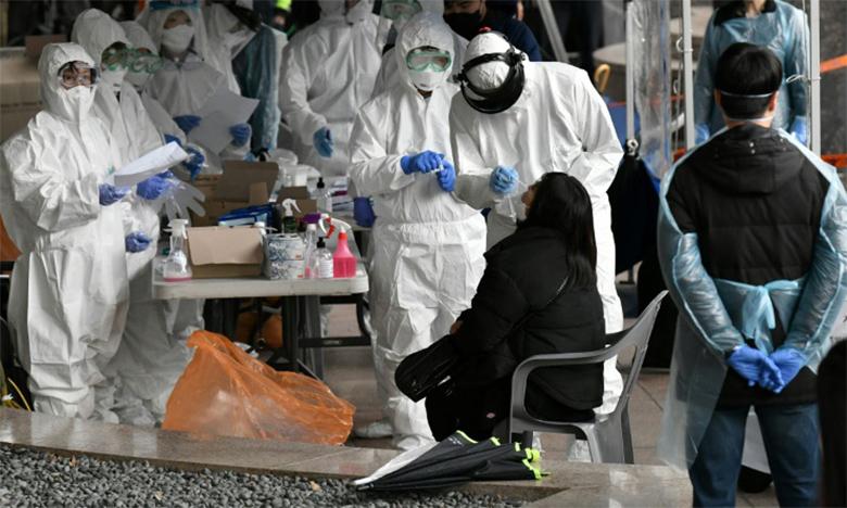 «La meilleure stratégie dépend étroitement du stade de l'épidémie auquel on se trouve et de  la disponibilité des tests», estime l'épidémiologiste américain Marc Lipsitch.Ph. AFP