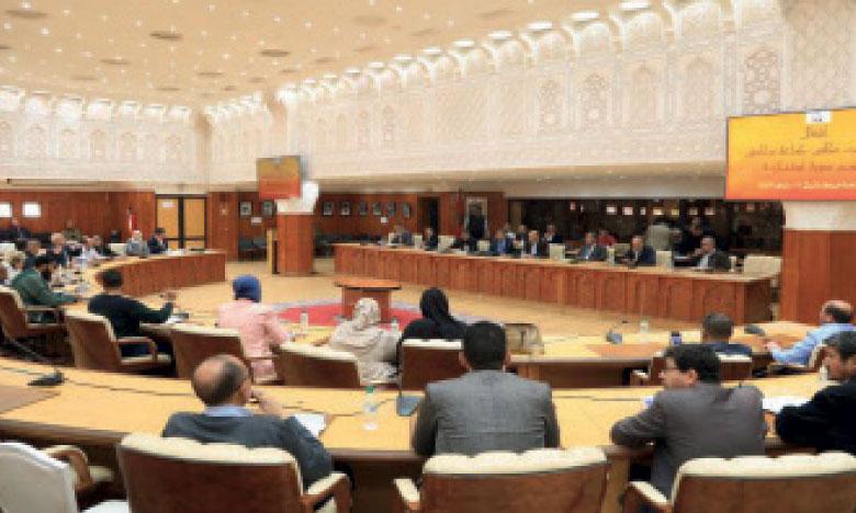 Le Conseil communal réuni en session  extraordinaire