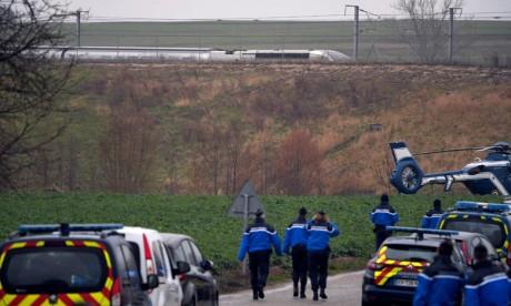 Un TGV Paris-Strasbourg déraille, 21 blessés