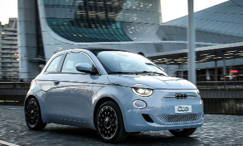 Première voiture entièrement électrique  du Groupe FCA