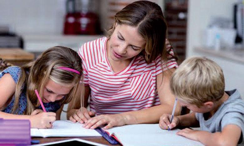 Les parents et professionnels de l'enseignement solidaires