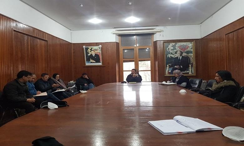 Ifrane: Le Conseil provincial contribue au Fonds dédié à la gestion de la pandémie