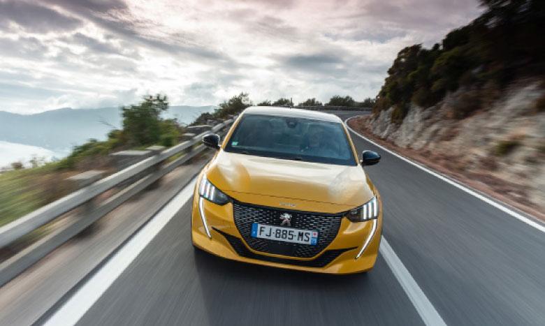 La nouvelle Peugeot 208 élue «Car of the Year 2020»