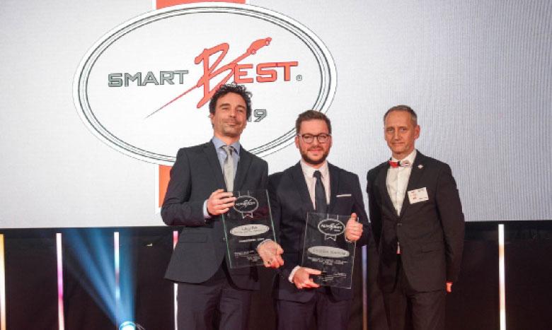 Les représentants de Skoda Auto ont reçu le Prix «Smartbest» lors d'une cérémonie qui a eu lieu à Mayence, en Allemagne.