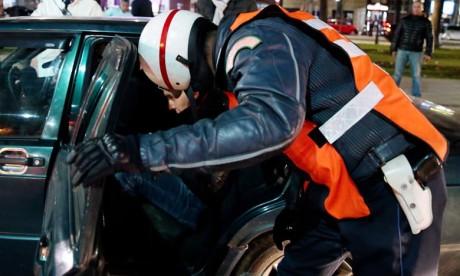 Meknès : Deux policiers contraints de brandir leurs armes pour arrêter un multirécidiviste