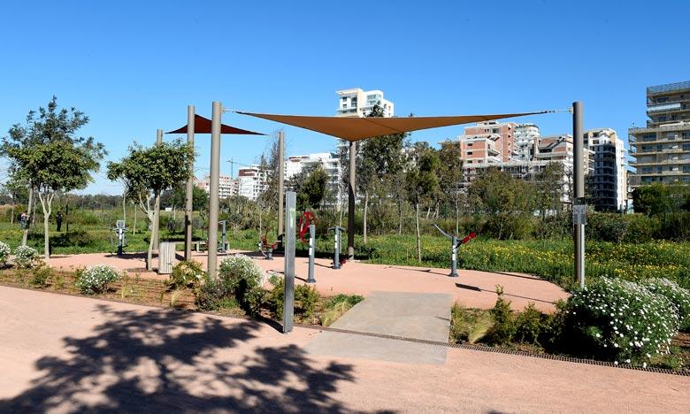La première tranche d'Anfa Park, le nouveau parc urbain de Casablanca, a été ouverte au public, offrant aux résidents de la métropole un espace inédit de détente et de loisirs. Ph : MAP
