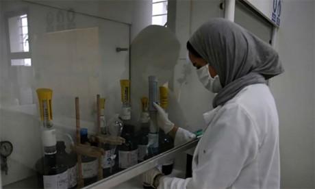 Des foyers de contamination dans des unités commerciales et industrielles alourdissent le bilan