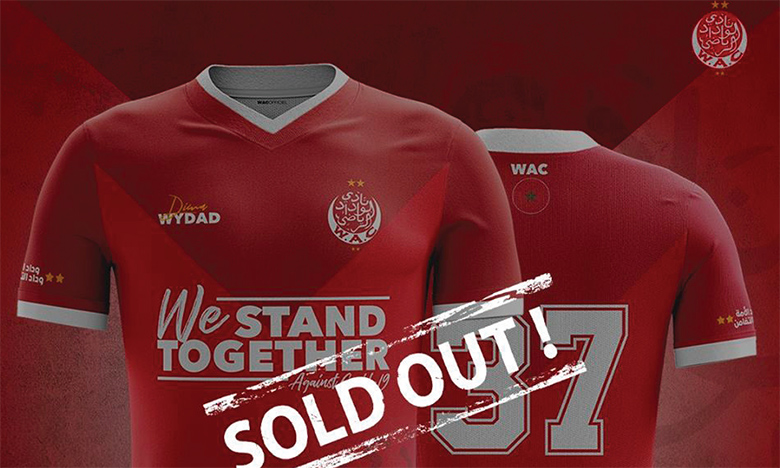 Juste après sa mise en vente, samedi, l'ensemble du stock du maillot «We Stand Together» a été écoulé.